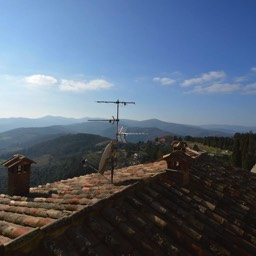 Casa Monte: A luxury holiday apartment with amazing views, Umbria