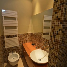 Casa Monte: One of the bathrooms with modern and quality in mind