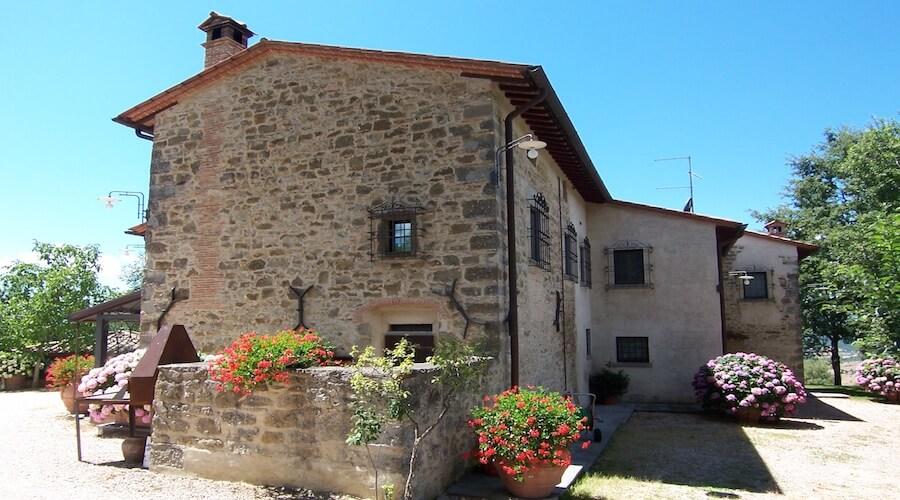 Splendid Tuscan Farmhouse Set Amongst Olive Groves And Landscaped Gardens Hillside Position Sansepolcro Tuscany Sleeps 10