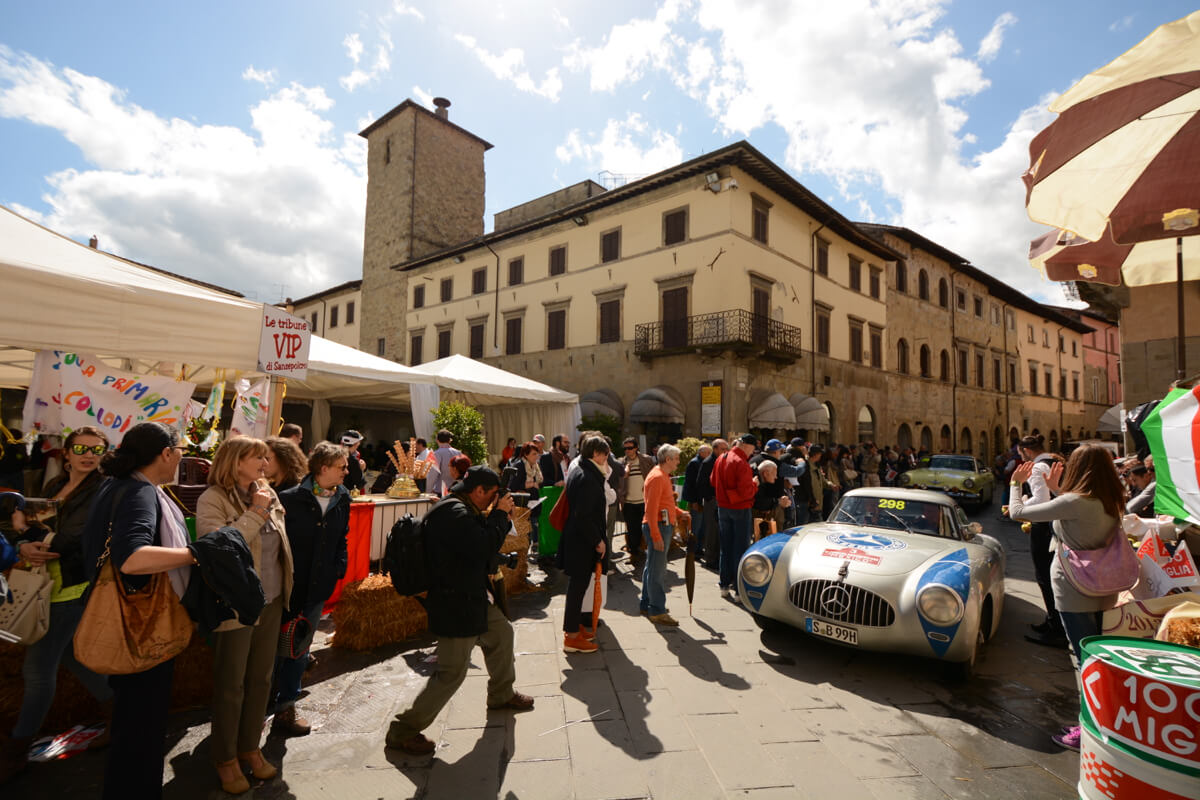 Mille Miglia: Famous 1000 mile car race in Italy