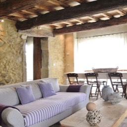 Poggiodoro: The living and dining area