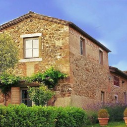 Poggiodoro: Tuscan farmhouse, restored with passion and style