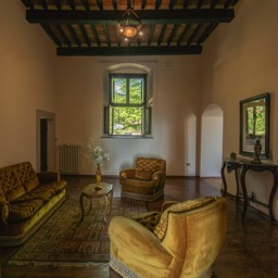 Villa Paradiso: Lounge area in the listed 16th Century holiday home, Tuscany